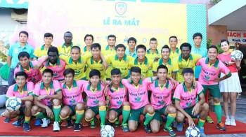 them mot doi bong v league duoc tai tro trang phuc thi dau