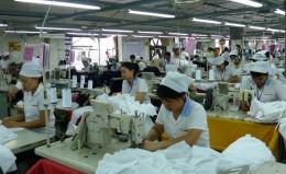 Đề xuất tăng lương tối thiểu lên gần 15%