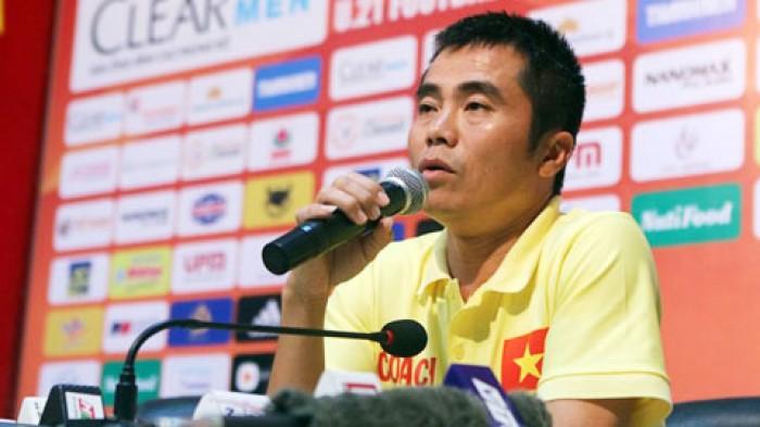 U21 Báo Thanh Niên thua vì dớp của HLV Phạm Minh Đức?