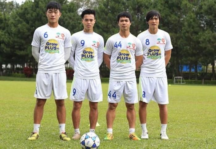 Xuân Trường theo Công Phượng sang nước ngoài 'trốn' V-League