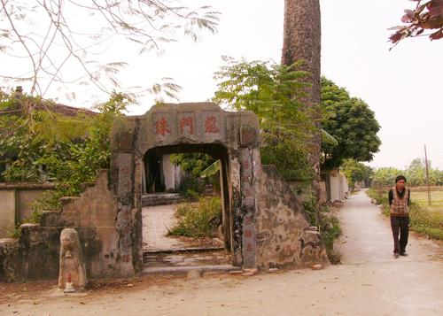 Làng cổ Hà Nội: Vỡ nát cảnh quan