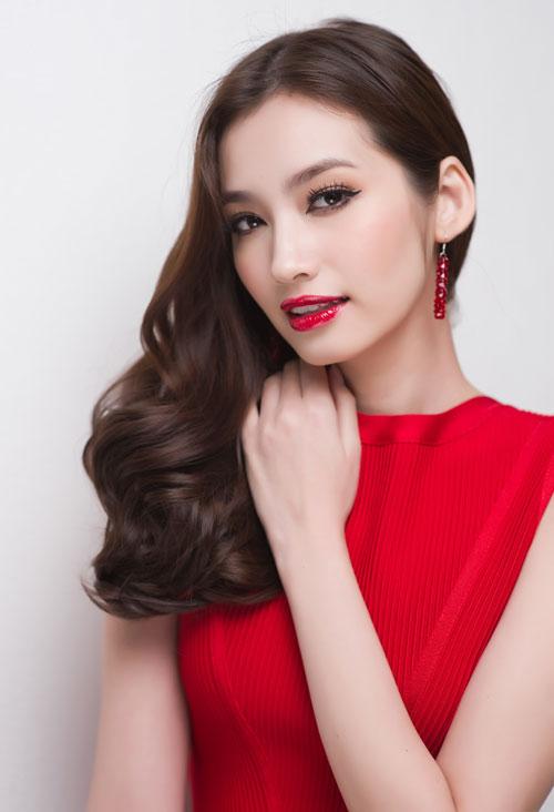 Trương Tri Trúc Diễm, người đẹp Việt được xếp vào hàng 100 người đẹp nhất  thế giới