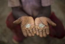 [Chùm ảnh] Cận cảnh 'mót' kim cương ở Brazil