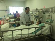 Chuyện bác sĩ Việt Nam trắng đêm cứu người ở Phnom Penh