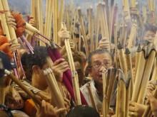 Dân Hong Kong nháo nhác vì thầy phong thủy