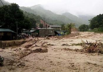 Thủ tướng: Khẩn trương sử dụng kinh phí hỗ trợ khắc phục hậu quả thiên tai