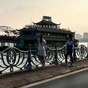 Phó Thủ tướng chỉ đạo xử lý nghiêm đối tượng sàm sỡ phụ nữ ở Hồ Tây