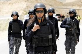 [Chùm ảnh] Những nữ chiến binh xinh đẹp của quân đội các nước