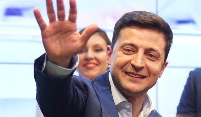 nga hy vong cai thien quan he voi ukraine khi dien vien hai thang cu tong thong