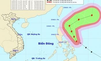 Siêu bão Surigae hầu như không ảnh hưởng đến đất liền Việt Nam