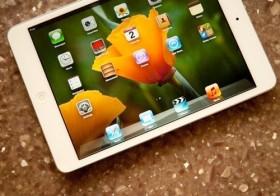 """iPad sẽ sớm bị """"lật đổ"""""""