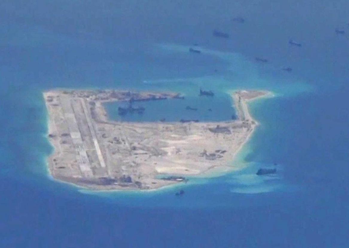 Trung Quốc triển khai vũ khí ở đảo nhân tạo