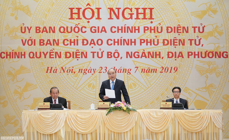 xay dung chinh phu dien tu phai lay nguoi dan lam trung tam