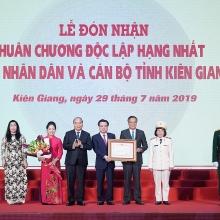 kien giang don nhan huan chuong doc lap hang nhat