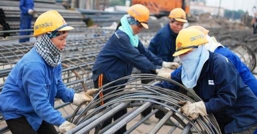 Nghị quyết hỗ trợ người lao động và người sử dụng lao động gặp khó khăn do đại dịch COVID-19