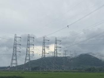 Đóng điện thành công đường dây 500kV đấu nối NMNĐ Nghi Sơn 2 vào hệ thống điện quốc gia