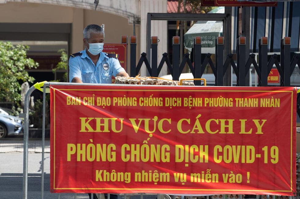 Nhìn lại hơn 20 ngày Hà Nội đối đầu với sóng dịch Delta - 5