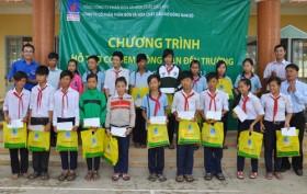 PVFCCo hỗ trợ con nông dân đến trường