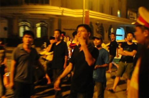 Dân chơi Hải Phòng giở trò 'Chí Phèo' với 141 Hà Nội