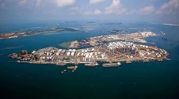 Shell: Nhà máy lọc dầu Bukom tại Singapore đang vận hành theo kế hoạch