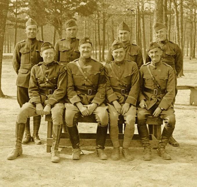 Chiếc gạt tàn làm lộ âm mưu bắt cóc Hoàng đế Đức năm 1919