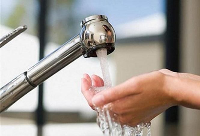 Khẩn trương giảm giá nước sạch sinh hoạt cho người dân bị ảnh hưởng dịch Covid-19