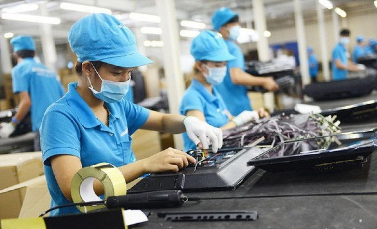 Chính phủ đồng ý miễn, giảm thuế hỗ trợ người dân, doanh nghiệp khó khăn do Covid-19