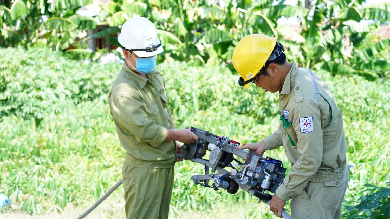 Truyền tải điện Phú Yên: Ứng dụng khoa học công nghệ nâng cao công tác vận hành lưới điện  truyền tải