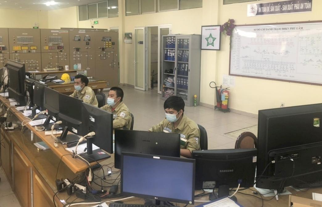 Giữa tâm dịch COVID-19, trạm biến áp có công suất lớn nhất Việt Nam ứng phó như thế nào?