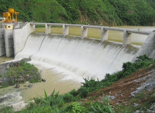 Thu phí dịch vụ môi trường rừng: Bất hợp lý với thủy điện nhỏ