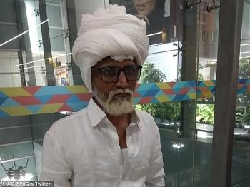 Nam thanh niên Ấn Độ cải trang thành ông lão 81 tuổi để bay sang Mỹ