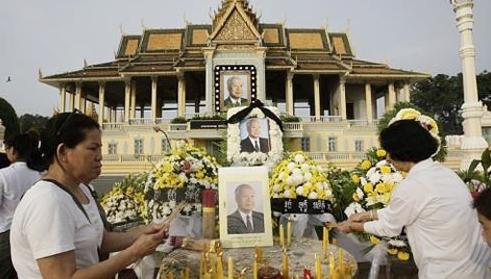 """Hai ông Diệm - Nhu và những chiến dịch """"phá đám"""" Sihanouk"""