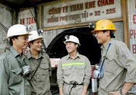 Đảm bảo an toàn trong sản xuất than: Phải có chế tài đủ mạnh