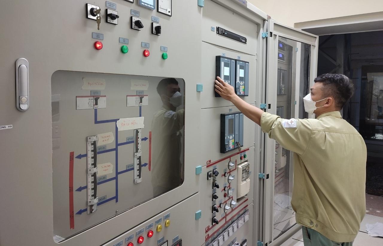 Hoàn thành đóng điện đường dây 220kV Đông Hà – Lao Bảo