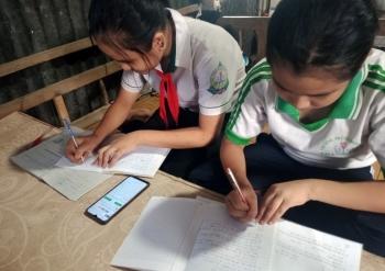 Hỗ trợ học sinh, sinh viên có hoàn cảnh khó khăn mua máy tính học trực tuyến