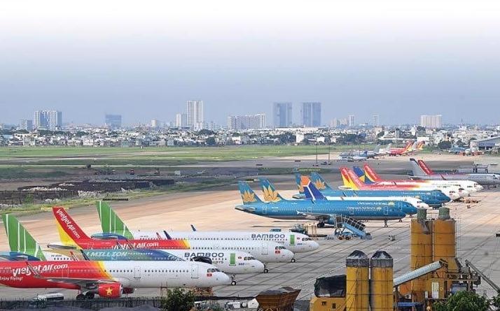 Yêu cầu nghiêm ngặt đối với khách đi máy bay đến và lưu trú tại Hà Nội