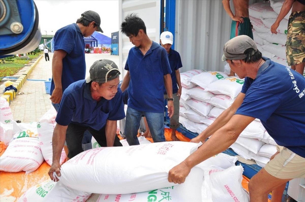 Xuất cấp gạo hỗ trợ người dân Quảng Trị gặp khó khăn trong thời gian giãn cách xã hội