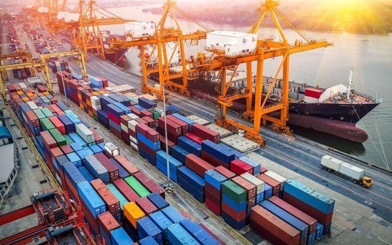 Tin tức kinh tế ngày 13/10: WB hạ dự báo tăng trưởng GDP năm 2021 của Việt Nam