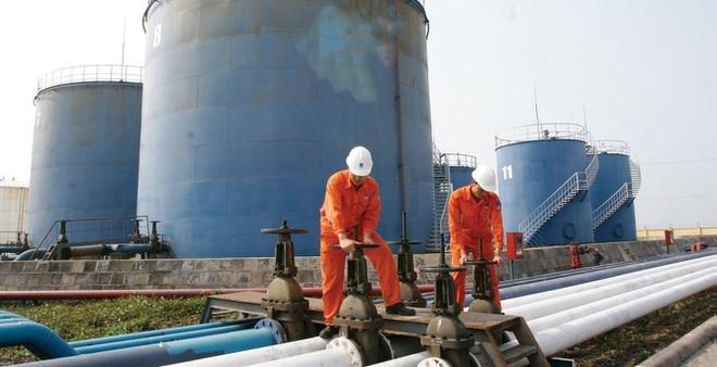Tin tức kinh tế ngày 28/10: Cả nước chi hơn 3 tỷ USD nhập khẩu xăng dầu