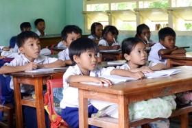 PGS Văn Như Cương: Con trẻ đang khổ vì việc học