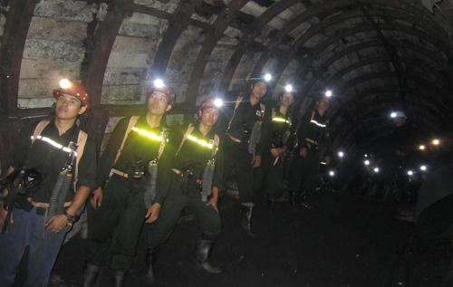 Ngày tết đặc biệt của thợ mỏ