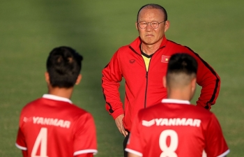 loai thanh trung hlv park hang seo thay mau doi hinh so voi aff cup 2016