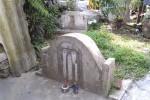 Bí mật nghĩa địa cổ người Tàu trong lòng Hà Nội