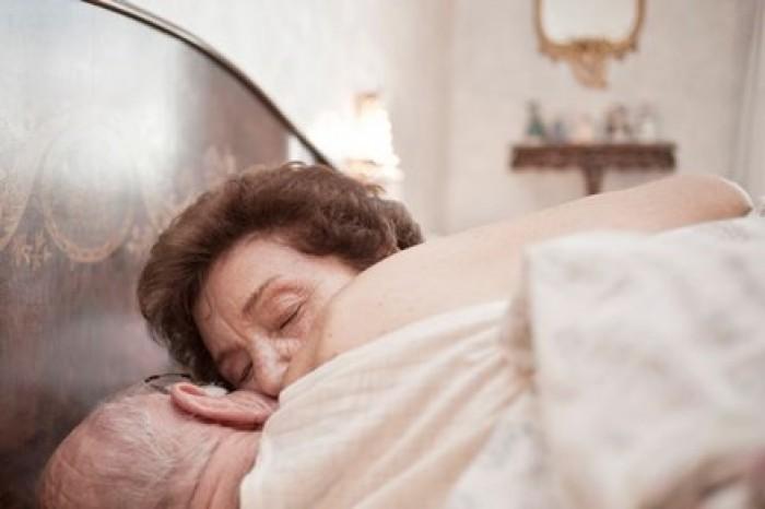 Cụ bà 91 tuổi đột tử vì 'mây mưa' quá sức