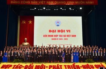 Thủ tướng dự Đại hội đại biểu toàn quốc Liên minh Hợp tác xã Việt Nam