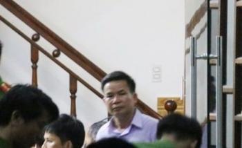 bat pho giam doc va ke toan doanh nghiep trum kinh doanh van tai vat lieu xay dung