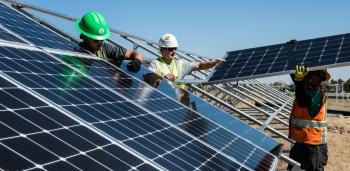 Mỹ: Kế hoạch đầu tư cơ sở hạ tầng trị giá 2,25 nghìn tỷ USD cho năng lượng sạch