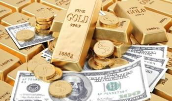 Giá vàng tăng trong khi đồng USD giảm