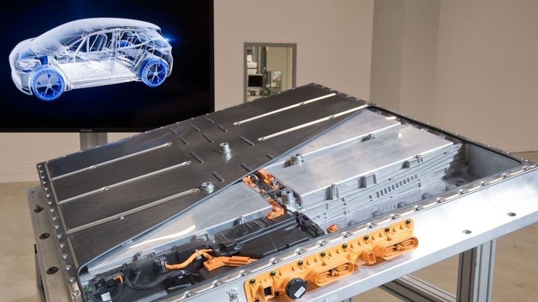 Tương lai xe điện cùng với hiệu quả của pin Li-on