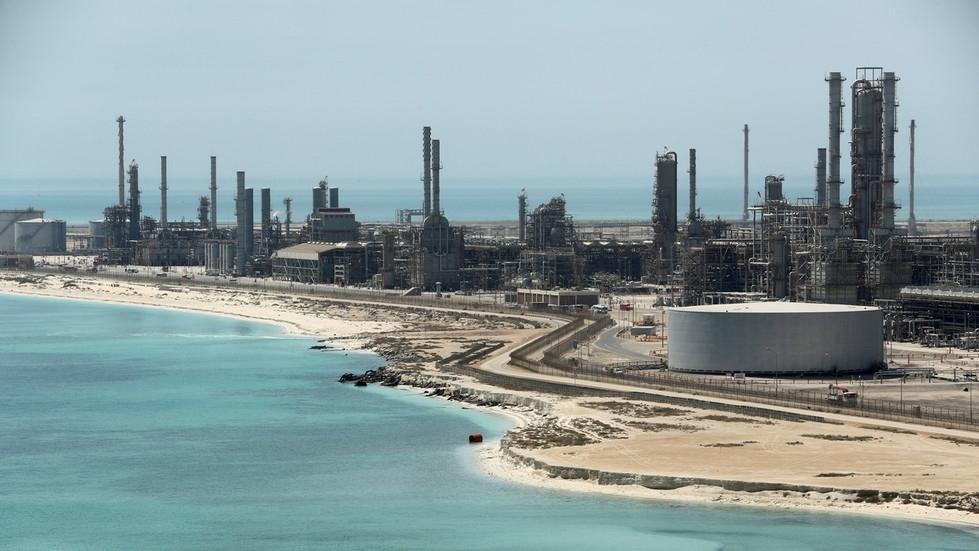 Trung Quốc: Tình hình nhập khẩu dầu thô thời gian qua có gì biến động?